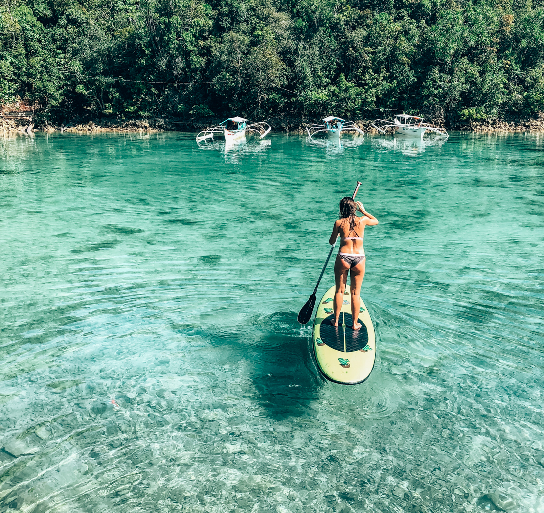 Sup boarden in Siargao
